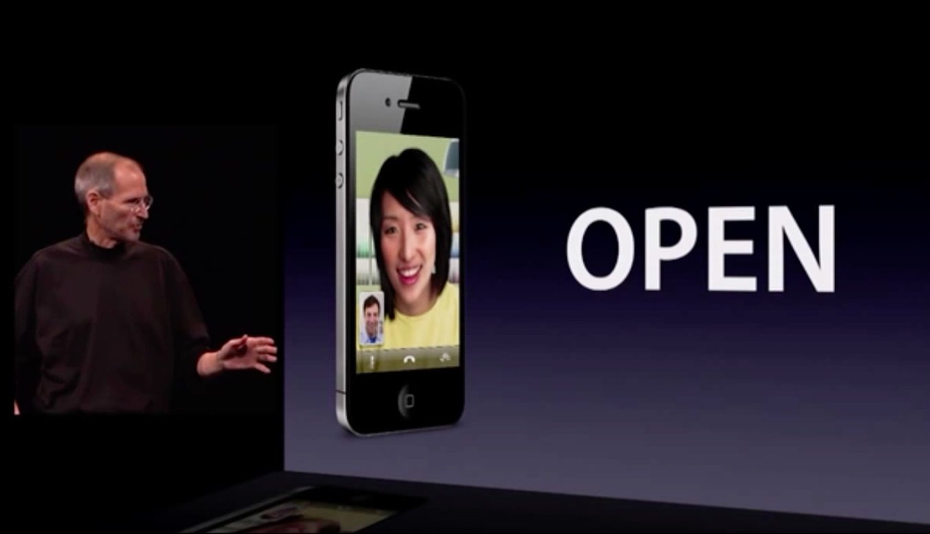 WWDC-2010-keynote-iPhone-4-FaceTime-003
