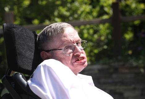 Stephen-Hawking-Dismissing-artificial-intelligence-would-be-a-mistake