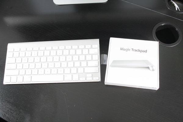 ▲在鍵盤的包裝內沒有滑鼠,一如既往,用家可自行選擇Magic Trackpad 或 Magic Mouse。