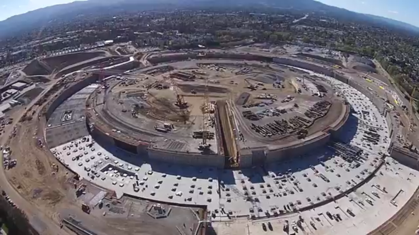 apple-campus-2-UFO-update_00