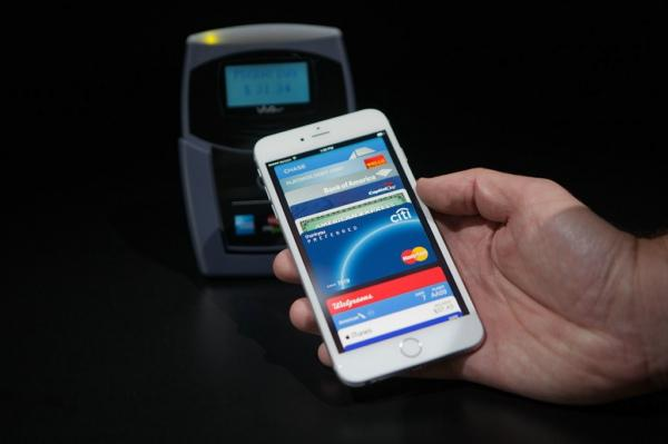 apple-pay-has-challenged-by-currentc_00