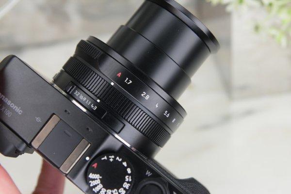 ▲承襲了 LX 血統,在鏡頭上有片幅比例選擇。除繼承上代的光圈轉盤外,也加久了一個操作轉盤。