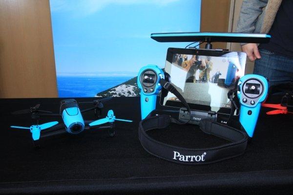 ▲Parrot Bebop Drone 連 Skycontroller 套裝。