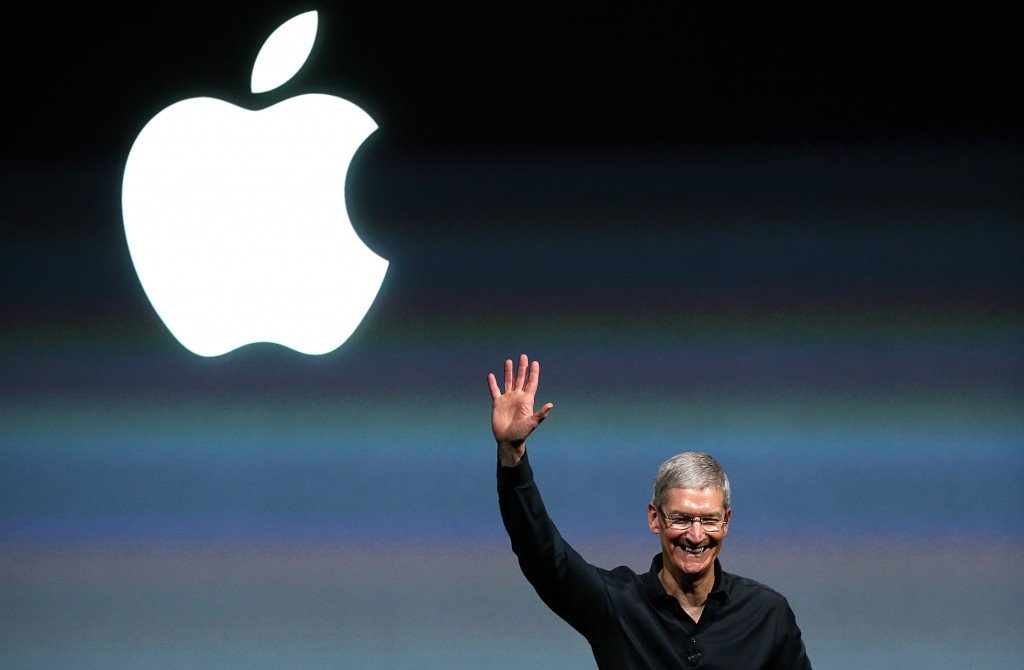 aapl-100-1st-time0-1024x670