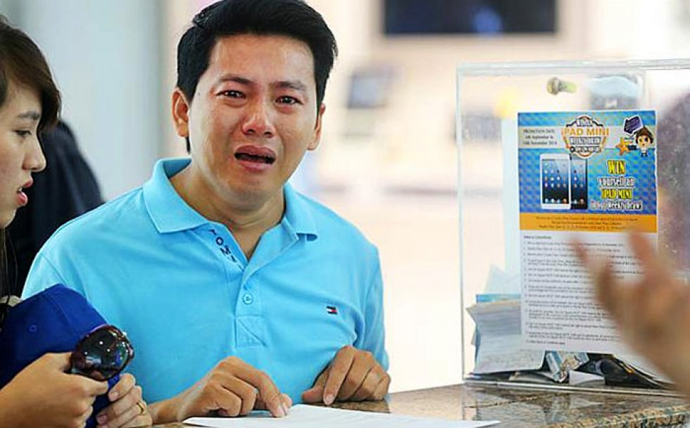 vietnamese-tourist-begging-for-refund-of-iphone-6_00