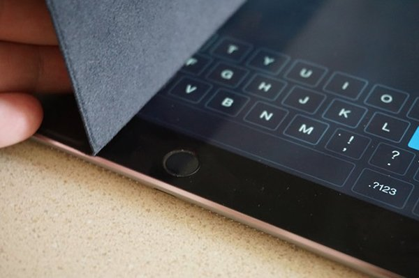 opinion-touch-id-improves-ipad-security-at-cost-of-smart-cover-unlock-convenience_00