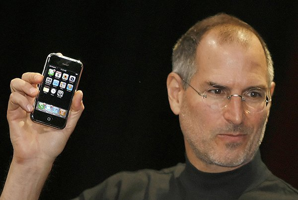 5-things-steve-jobs-will-not-do-but-apple-did-it_00