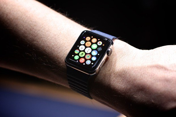 apple-watch-will-ship-in-april-by-tim-cook_00