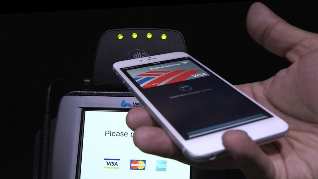 apple_pay_still.0.0_cinema_1200.0