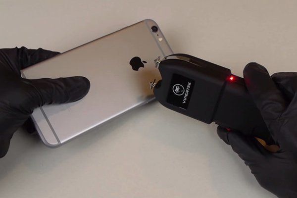 iphone6-plus-stun-gun-0