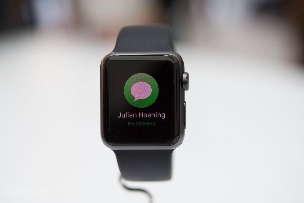 apple-watch-release-date-targeted_01