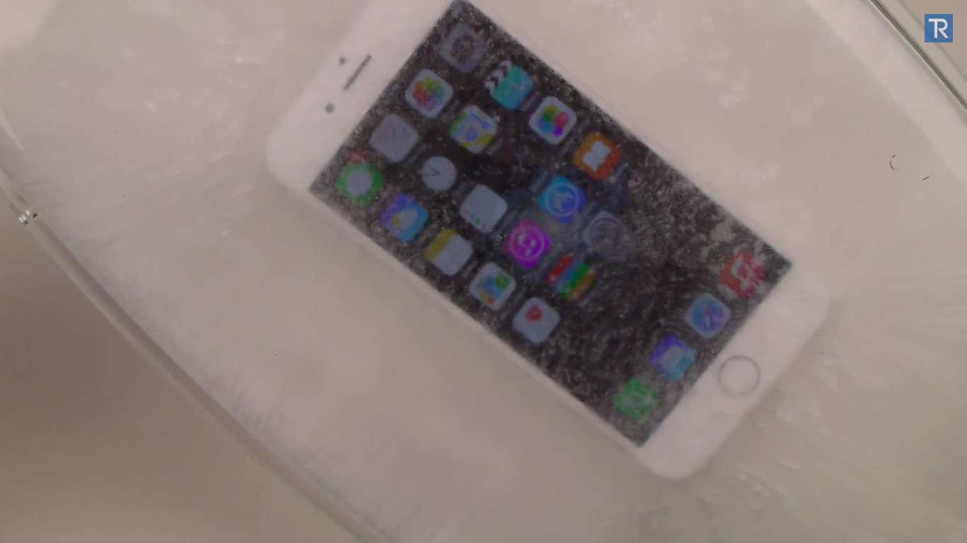 iphone-6-in-hot-ice_04