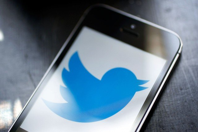 twitter-lost-4m-user-then-blames-apple_00