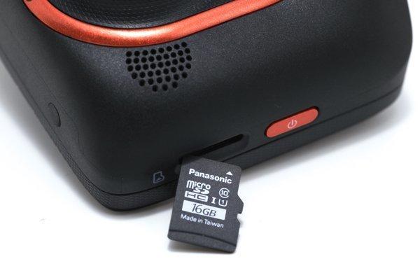 ▲Micro-SD卡最大支援 32 GB,官方建議採用Class 6或以上較佳。