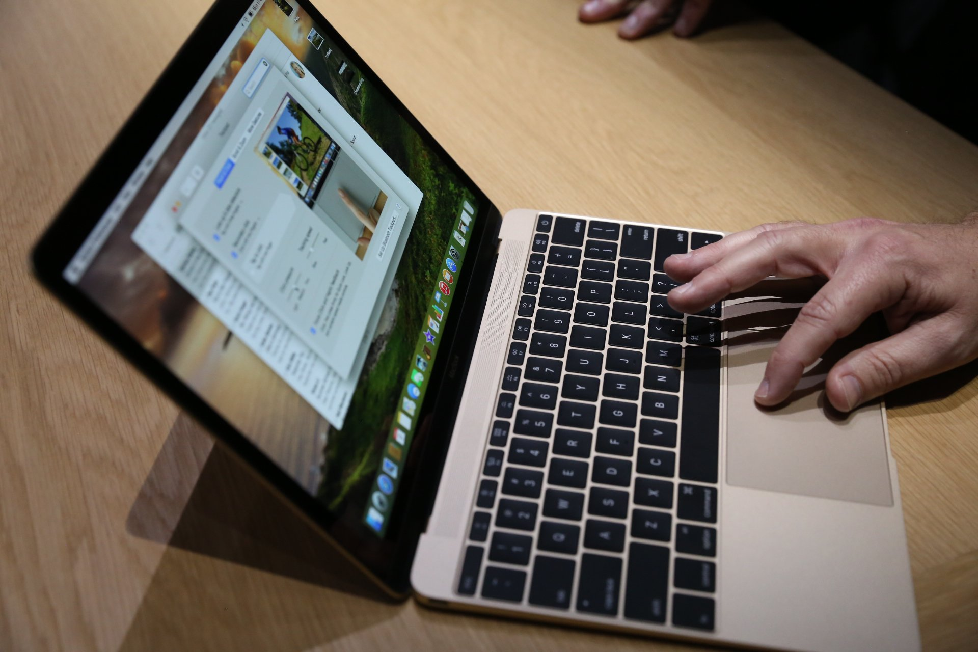 the-new-macbook-hands-on_Techcrunch_02