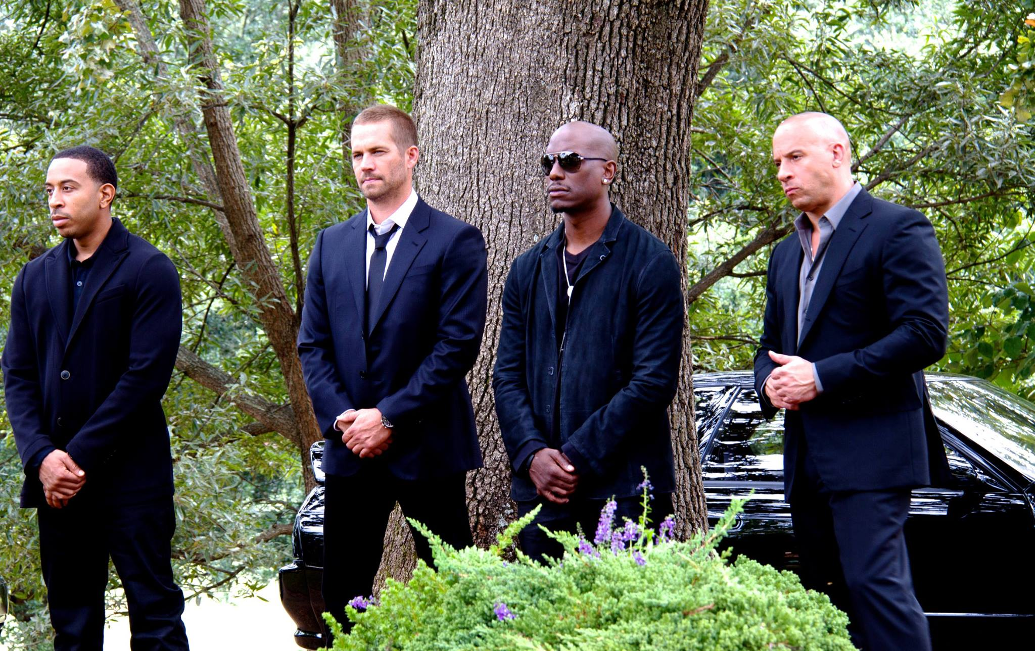 Vin-Diesel-Posts-Funeral-Shot-from-Fast-Furious-7-Featuring-Paul-Walker-Photo-456310-2