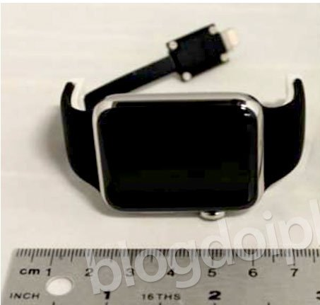 apple-watch-mystery-connector_00a