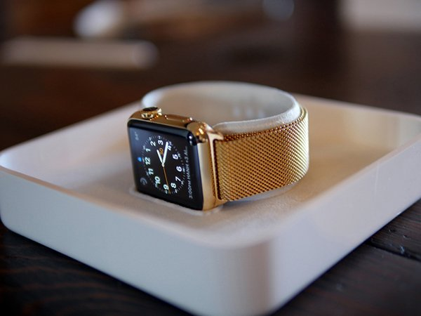 gold-apple-watch-by-jewelers_01