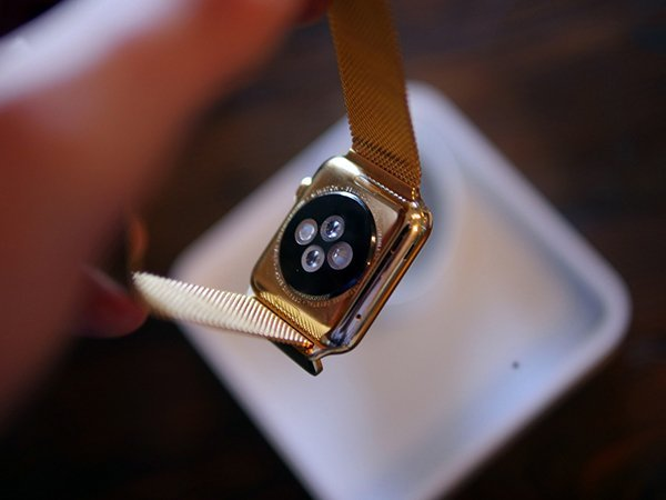 gold-apple-watch-by-jewelers_02