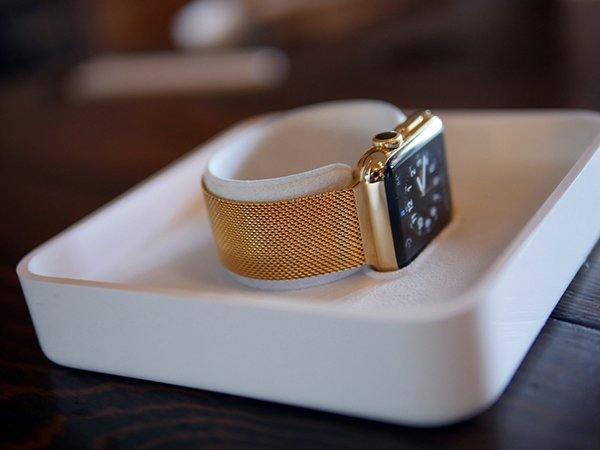 gold-apple-watch-by-jewelers_03