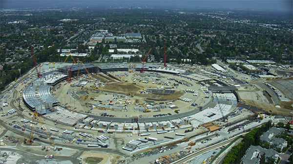 apple-ufo-campus-2-shoot-by-helicopter_01