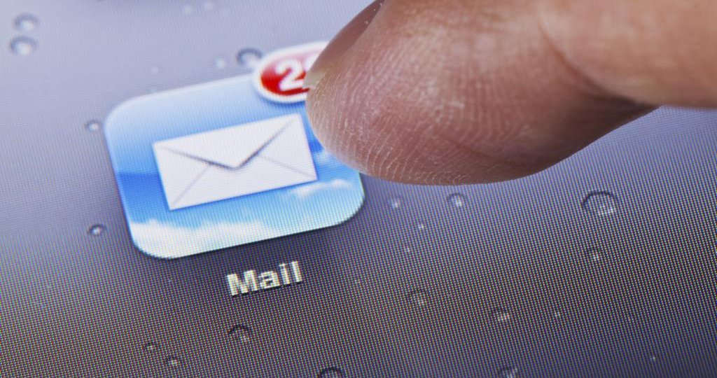 ios-mail-bug-steal-icloud-password_01