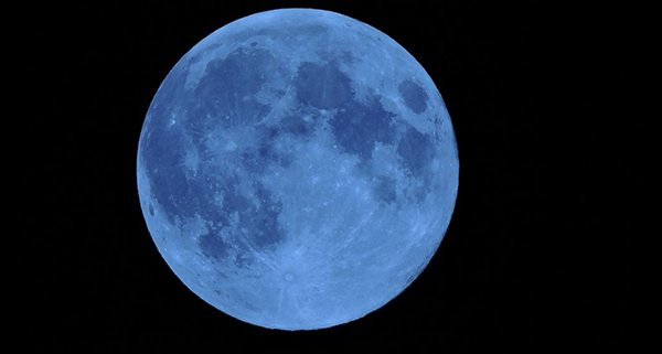 2015-july-blue-moon_00