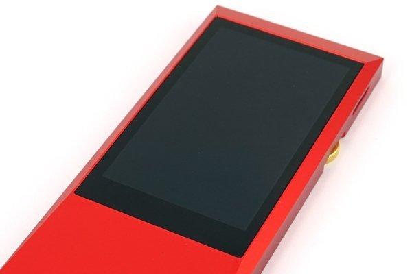 ▲ 3.1 吋輕觸式屏幕,播放器而言算是大。