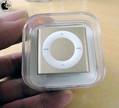 ipod-touch-nano-shuffle-unboxing_10