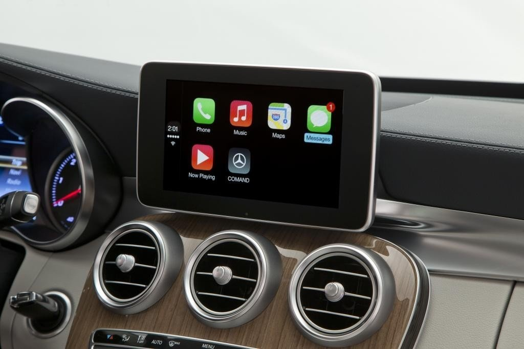 mercedes_carplay