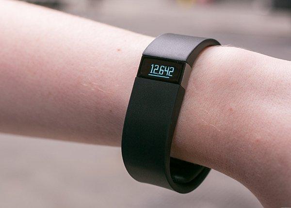 2015-q2-wearable-apple-watch-3600k_04