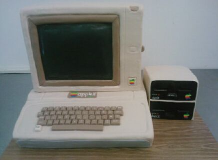 Apple II Cake-1