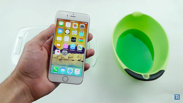 iphone-6-in-jelly_00