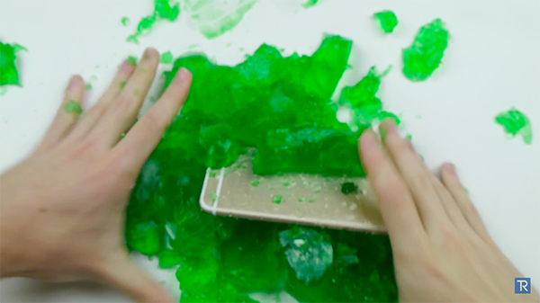 iphone-6-in-jelly_07
