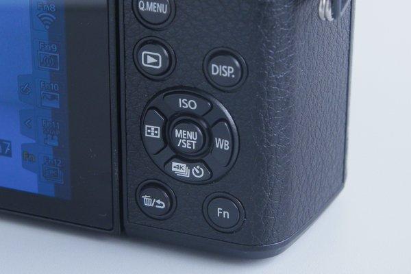 ▲在機背十字掣上,加上「4K相片」的快捷鍵。