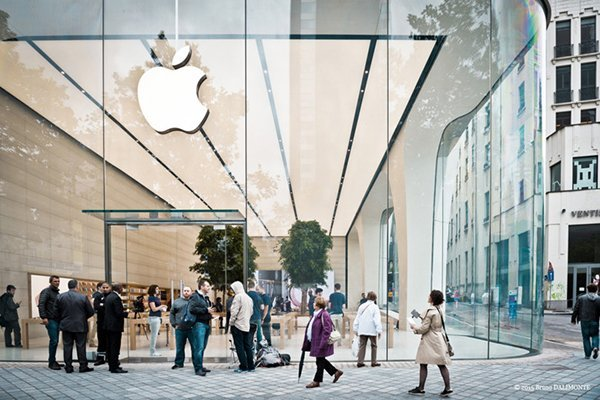 belgium-first-apple-store-designed-by-jony-ive_00
