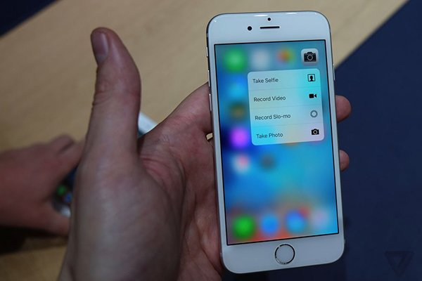 iphone 6s hands on_the verge_01