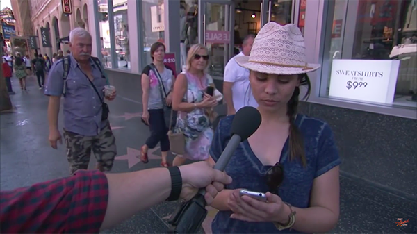 jim-kimmel-share-iphone-6s-haha-with-people-in-the-street_01
