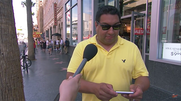jim-kimmel-share-iphone-6s-haha-with-people-in-the-street_02
