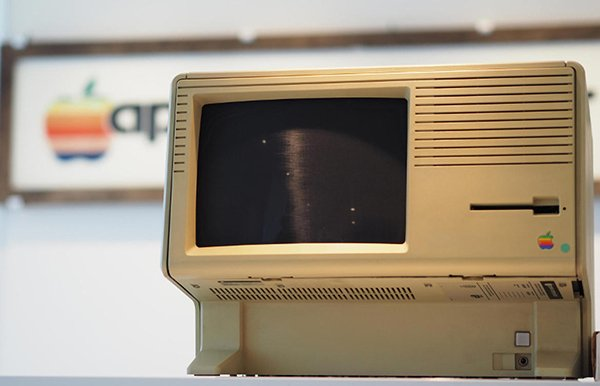 apple-museum-in-italy_04