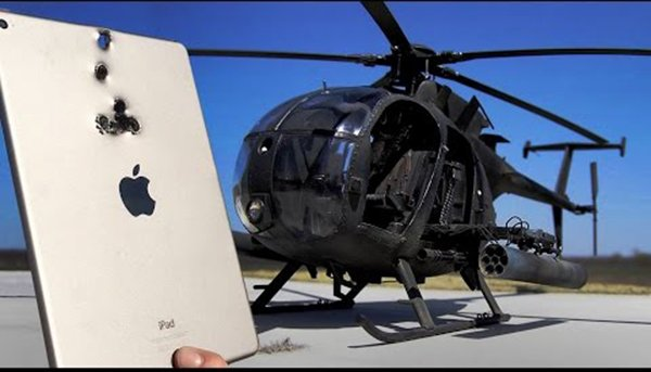 iphone-6-and-ipad-air-2-meets-mh-6-heli_02