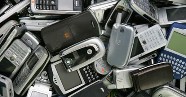 5-form-factors-phone-had-been-defeated-by-ismartphone_00b