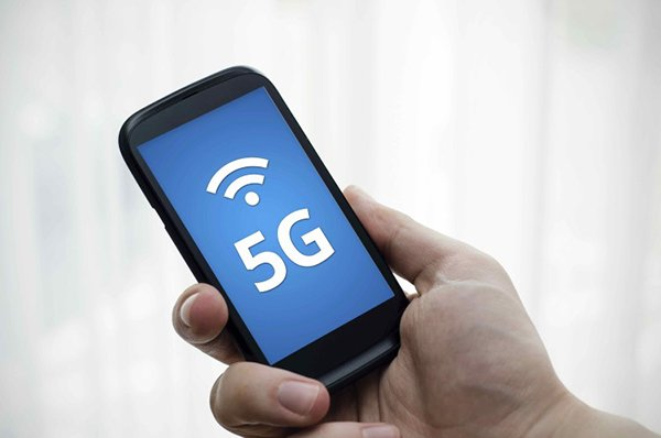 Smart phone with 5G network standard communication