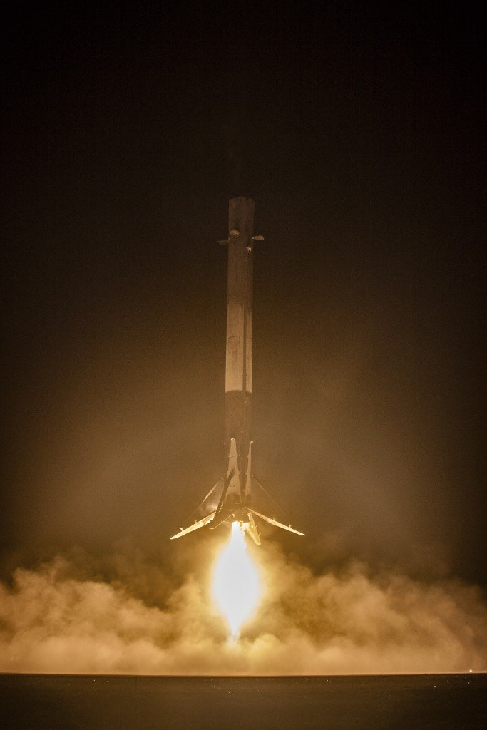 space-releases-hd-photo-of-falcon-9-mission_06