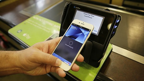 this-iphone-will-be-discontinued-because-of-apple-pay_01