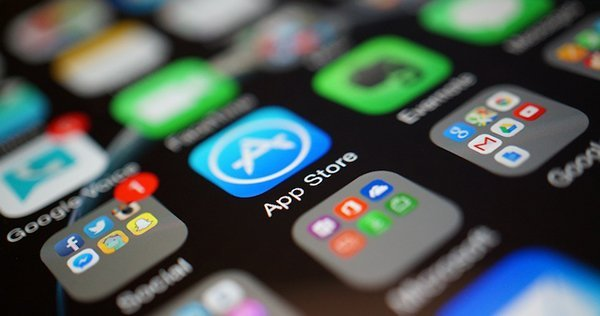 4-point-to-read-app-store-2015-annual-report_00