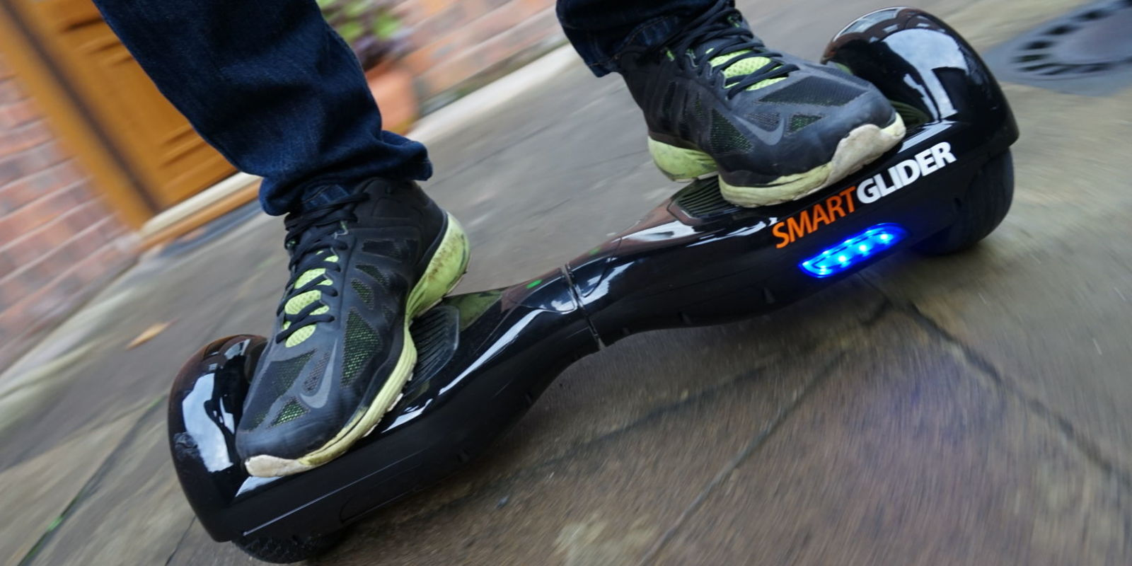 4-tips-to-use-a-fire-hoverboard_01