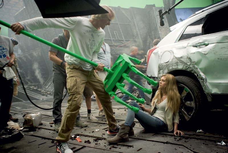 transformers-age-extinction-michael-bay-nicola-peltz
