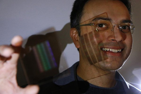 new-lenses-by-scientist-can-make-iphone-lens-will-not-jetting-out_01