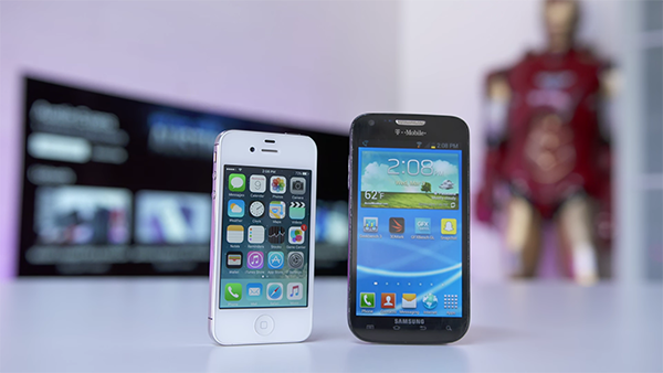 5-years-iphone-4s-vs-galaxy-s2-who-is-the-best_02